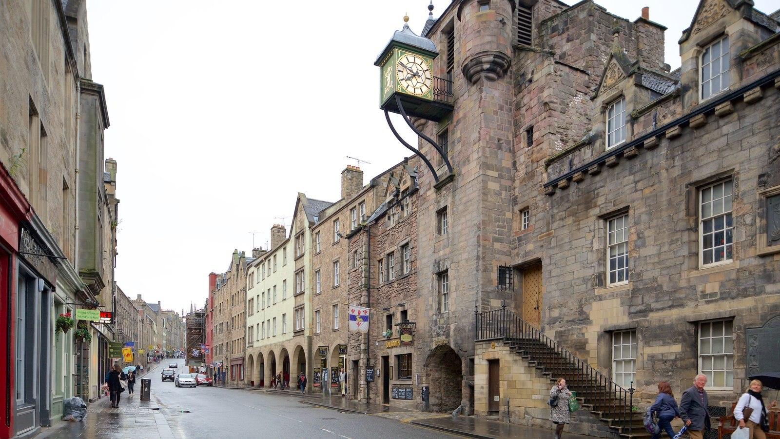 Old Town mostrando elementos del patrimonio y escenas urbanas