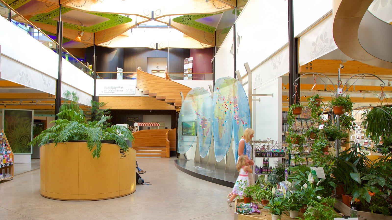 Royal Botanic Garden showing interior views