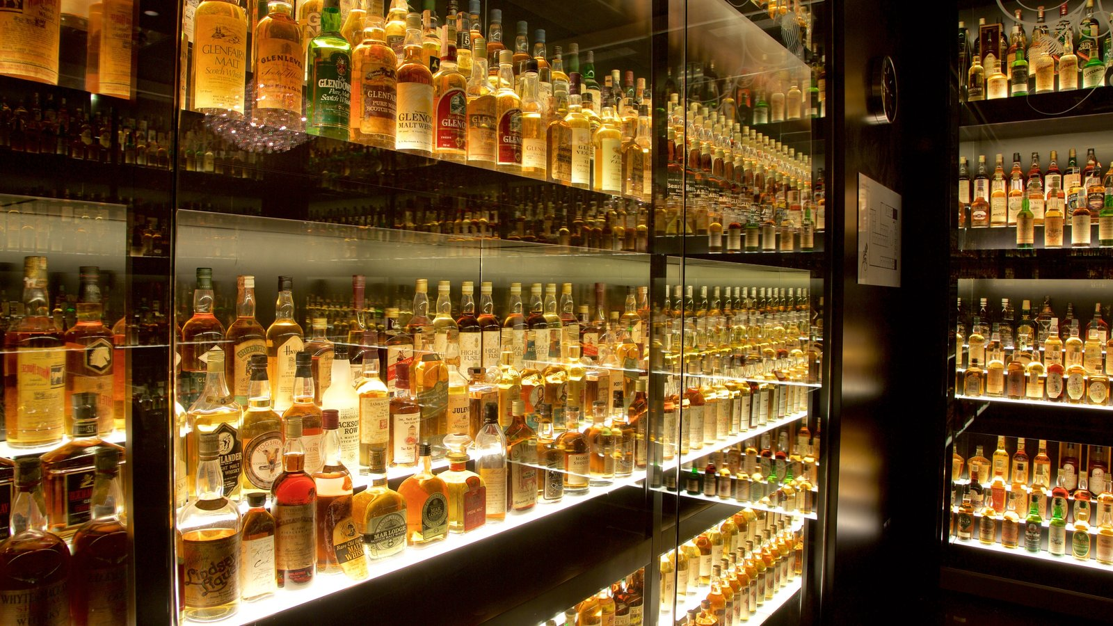 Scotch Whisky Heritage Centre featuring interior views and drinks or beverages