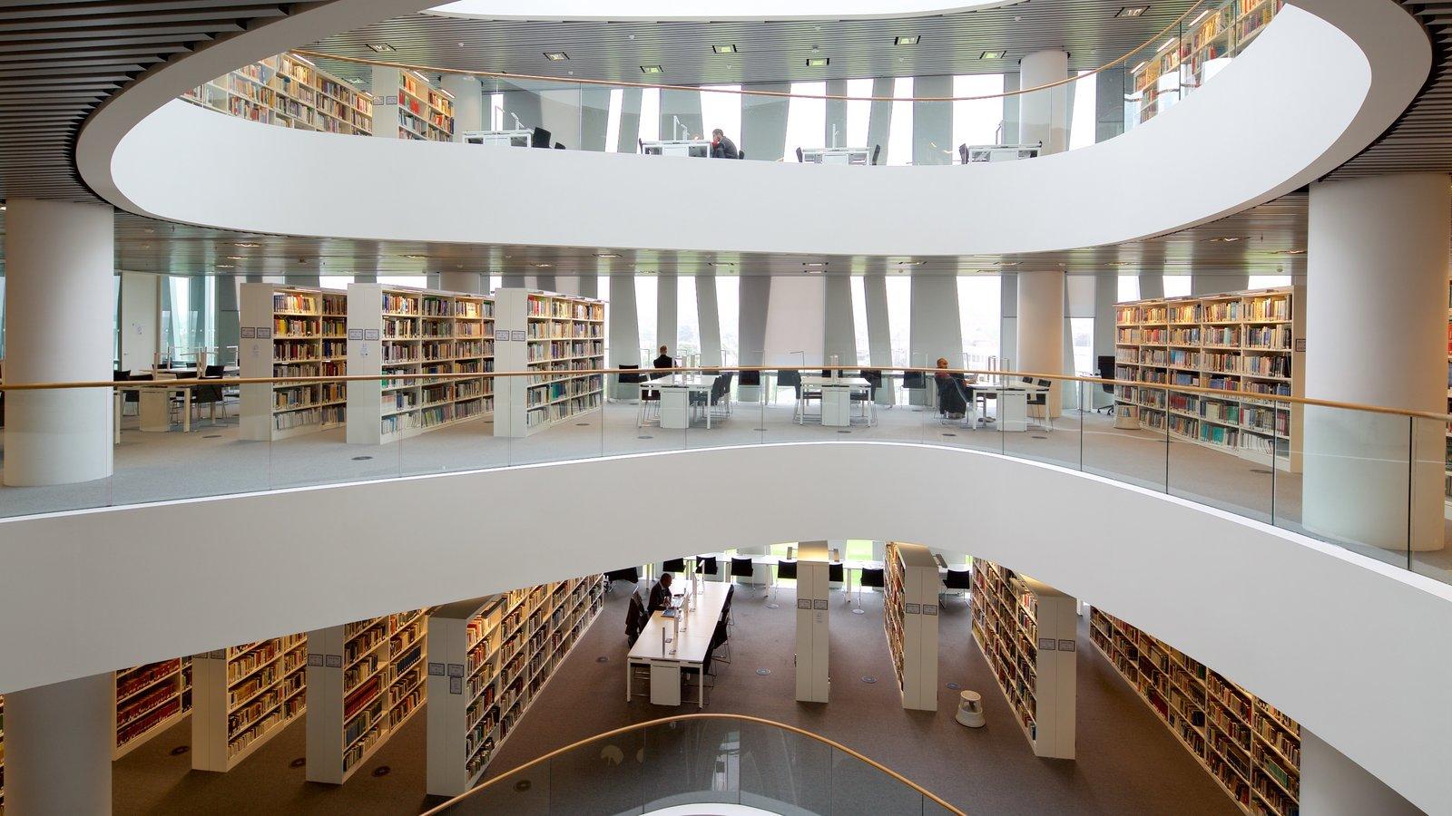 Aberdeen mostrando arquitectura moderna y vistas interiores