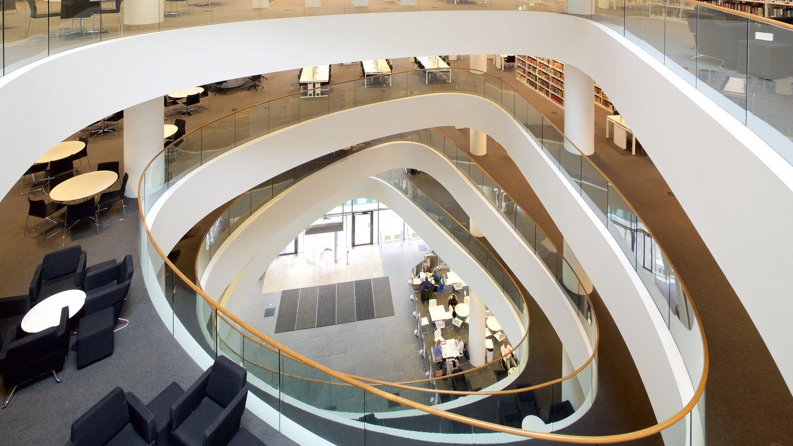 Aberdeen ofreciendo arquitectura moderna y vistas interiores