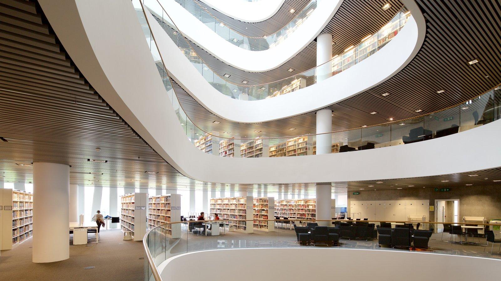 Aberdeen que incluye vistas interiores y arquitectura moderna