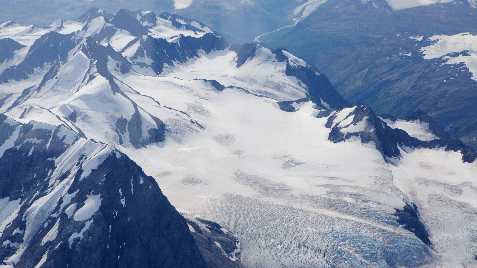 Parque Nacional y Reserva Wrangell-St. Elias mostrando montañas y nieve