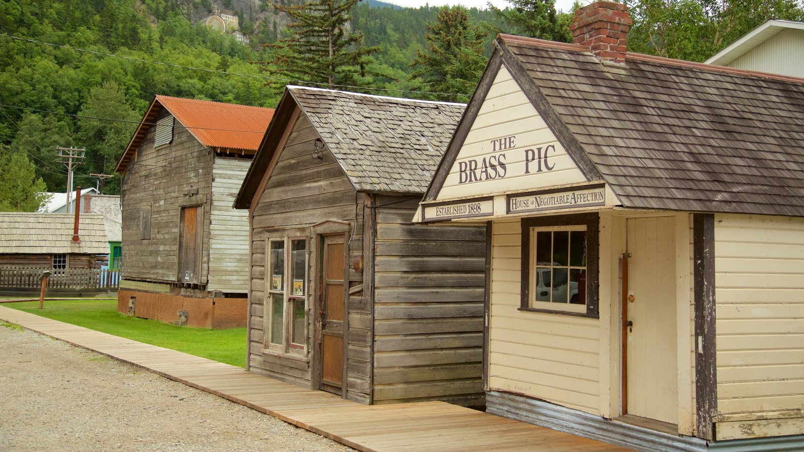 Klondike Gold Rush National Historic Park Showing Heritage Architecture And  A Small Town Or Village