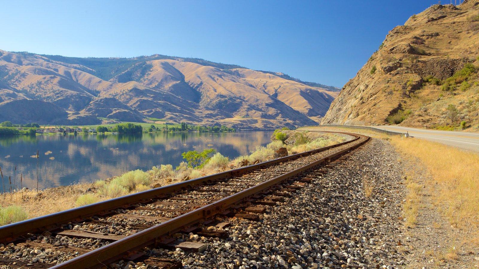 Wenatchee - Lake Chelan caracterizando montanhas, itens de ferrovia e um rio ou córrego