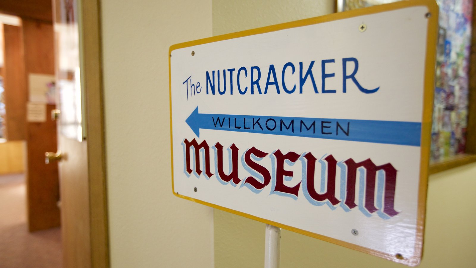 Leavenworth Nutcracker Museum showing interior views and signage