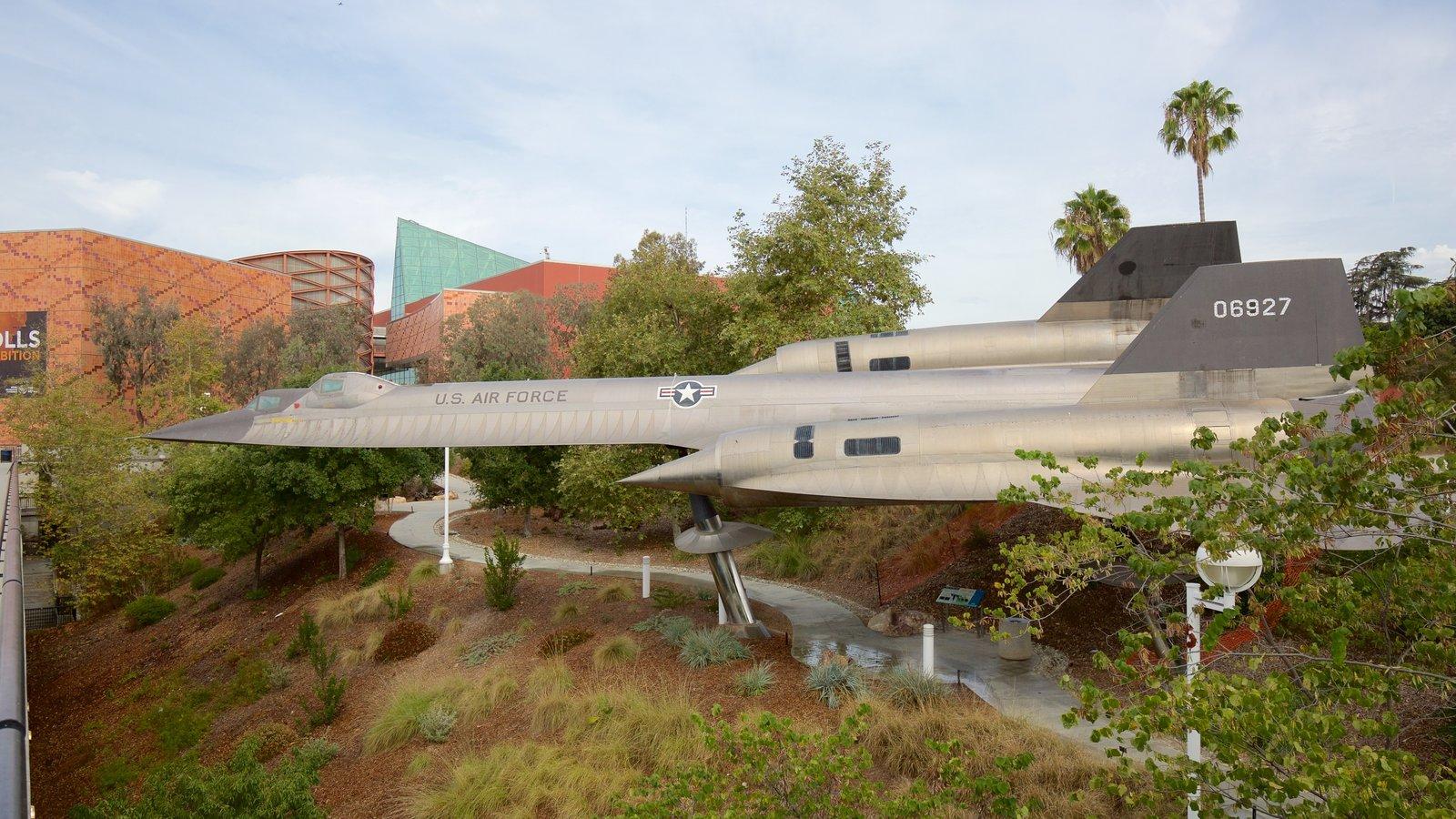 Museo California Science Center ofreciendo aeronave