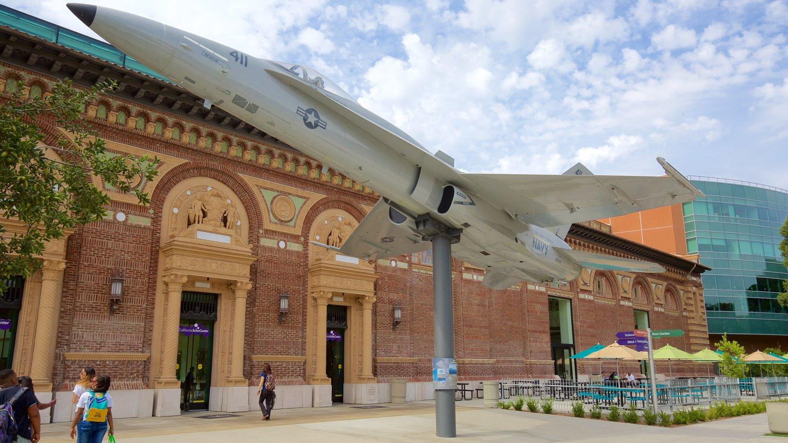 Museo California Science Center mostrando aeronave