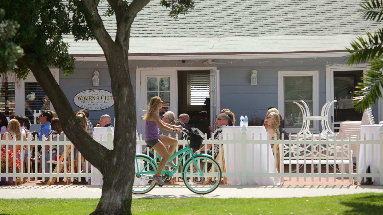 Mission Bay mostrando ciclismo