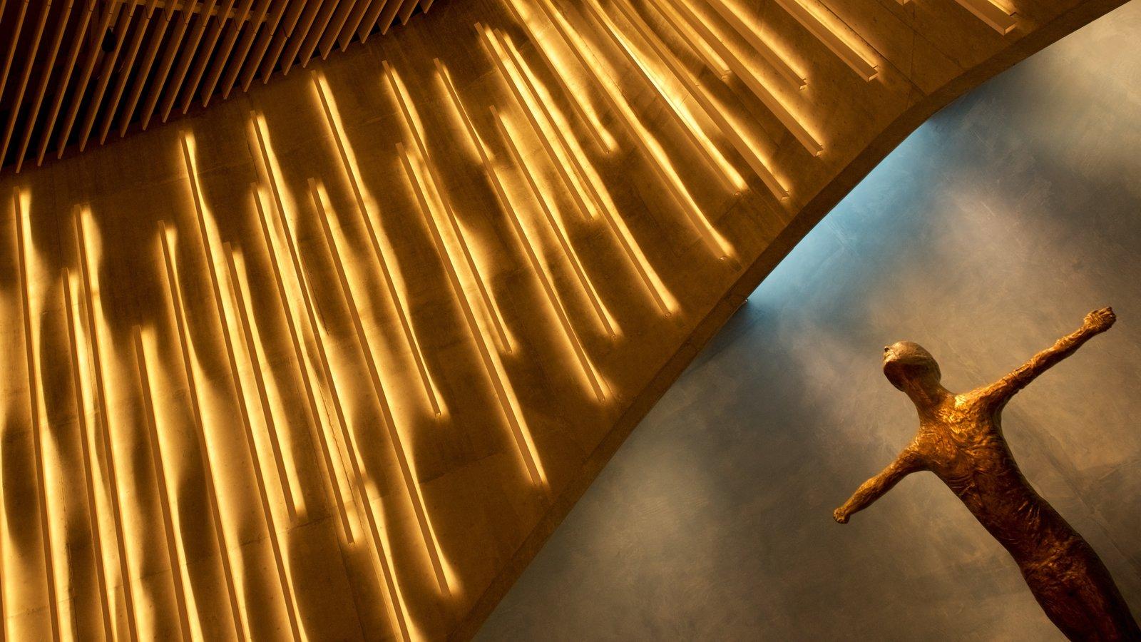 Alta mostrando vistas interiores y arquitectura moderna