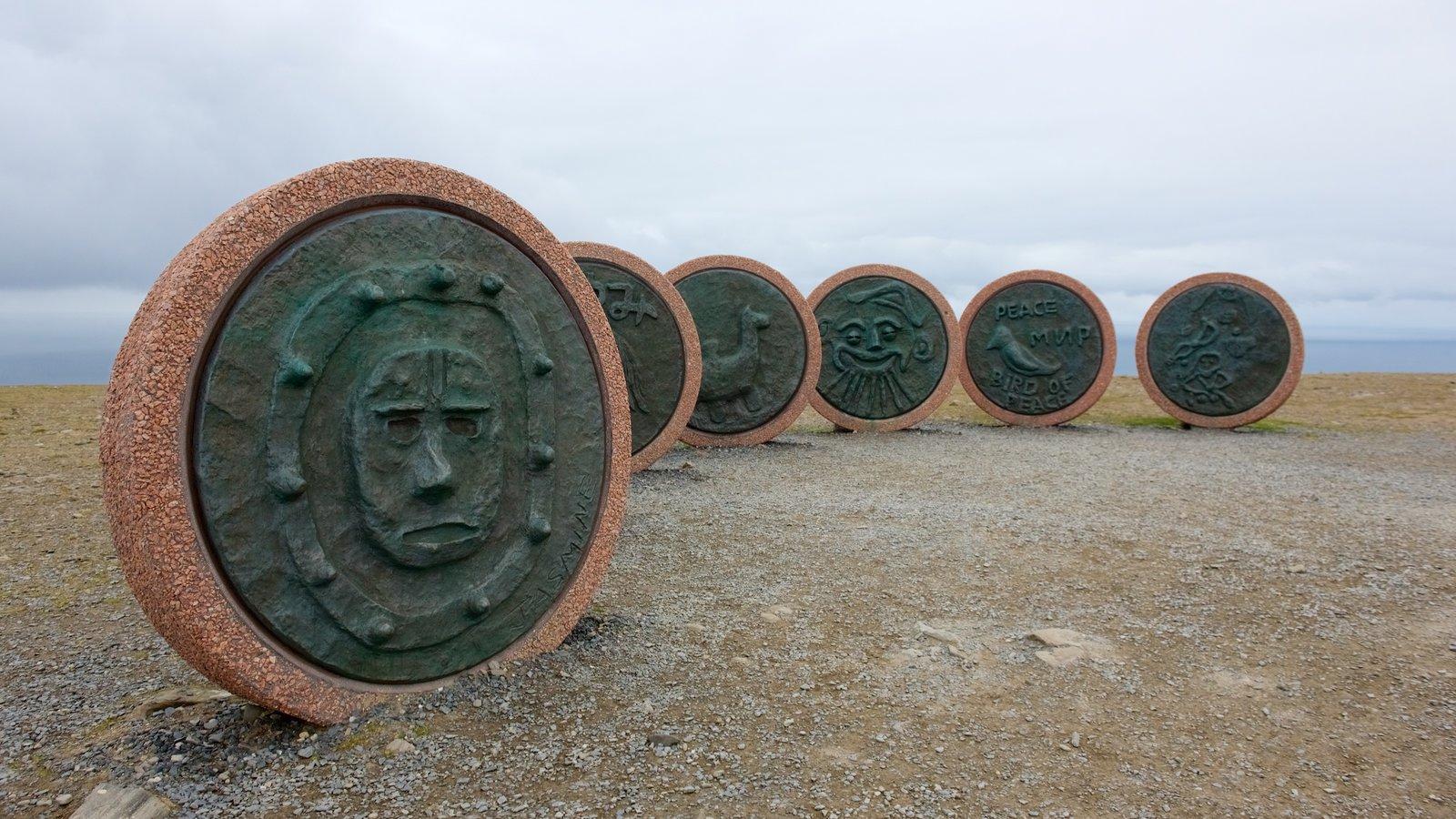 North Cape ofreciendo un monumento
