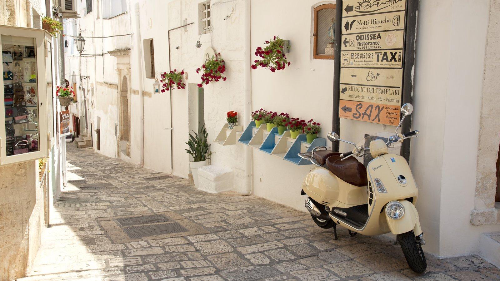 Brindisi showing signage