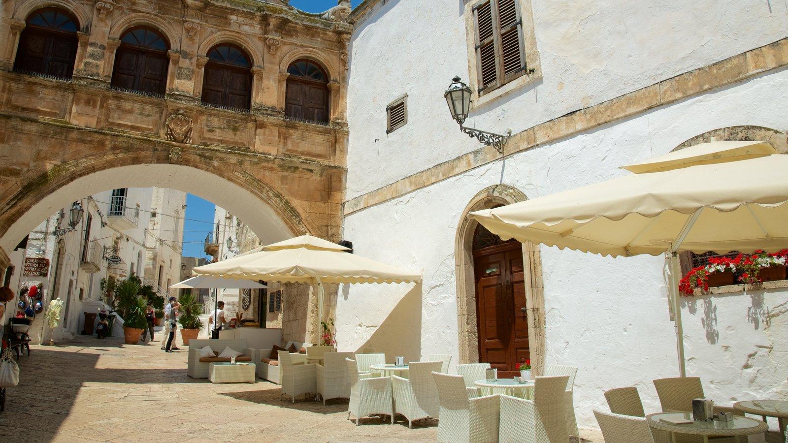 Brindisi featuring heritage architecture