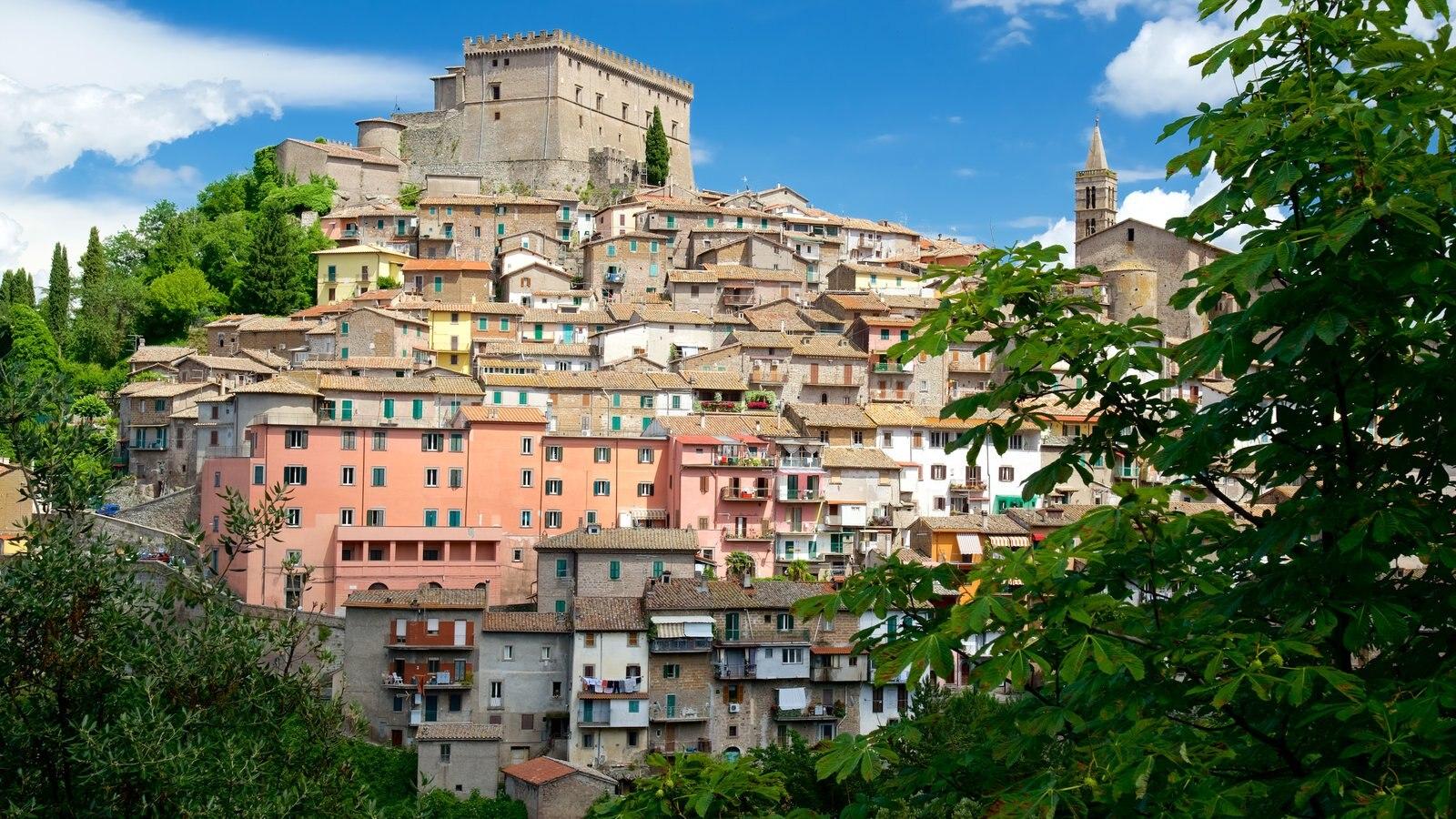 Soriano nel Cimino caracterizando arquitetura de patrimônio e uma cidade