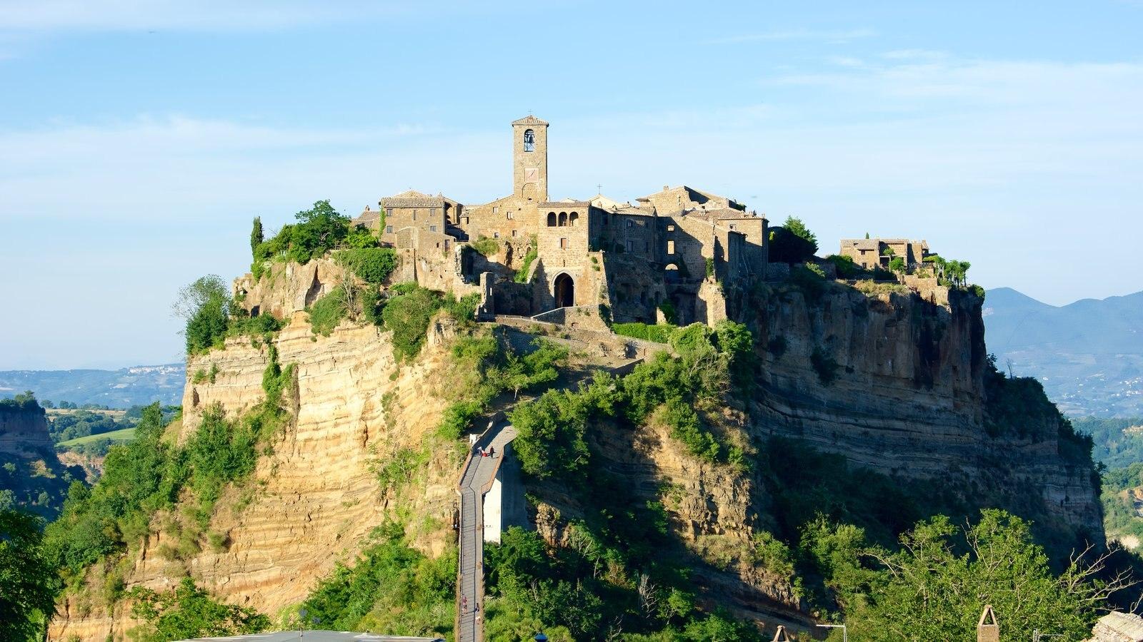 Bagnoregio mostrando um pequeno castelo ou palácio e arquitetura de patrimônio
