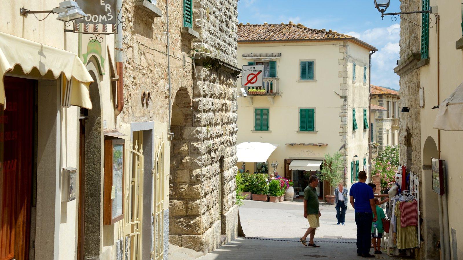 Radda in Chianti showing heritage architecture