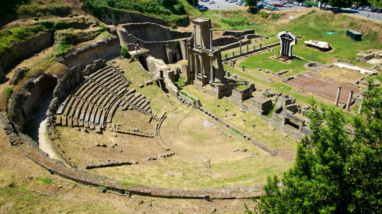 a depiction of roman theaters