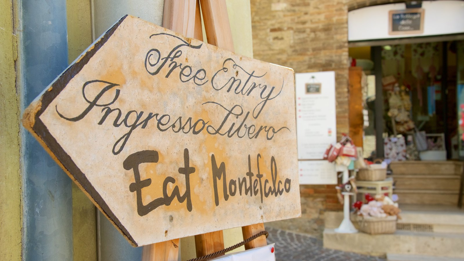 Montefalco featuring signage