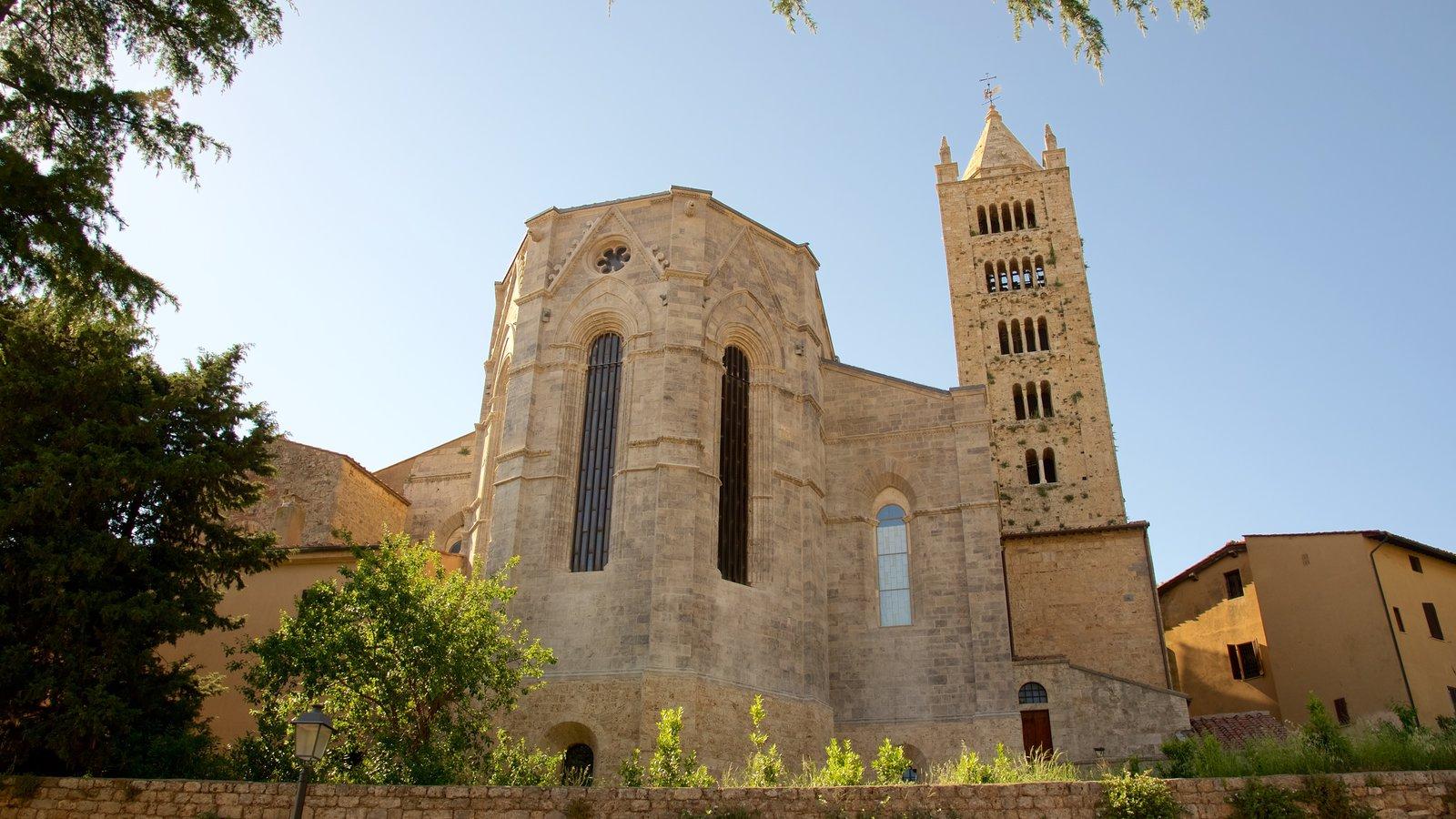 Massa Marittima featuring heritage architecture