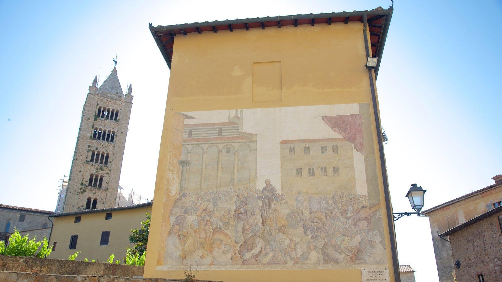 Massa Marittima showing outdoor art and heritage architecture