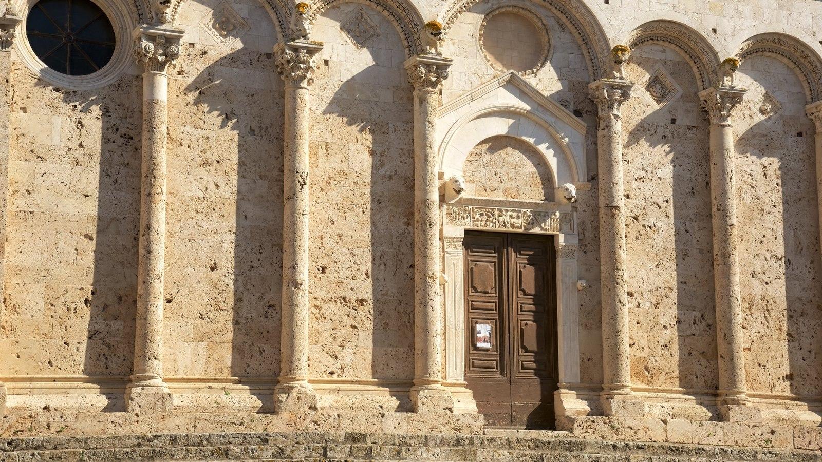 Massa Marittima which includes heritage architecture