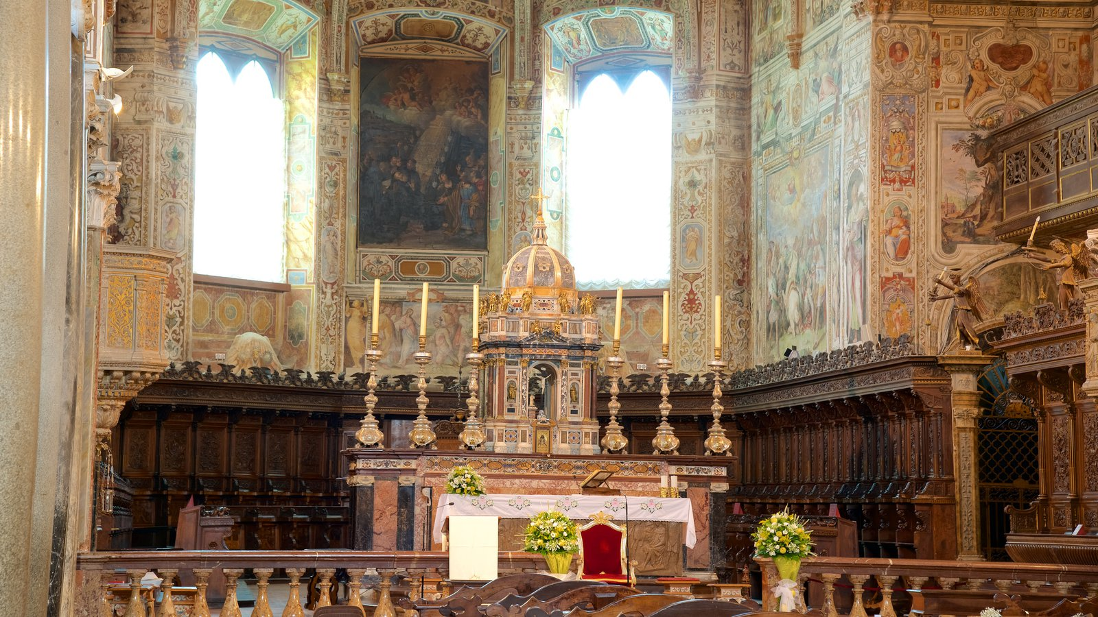 Basilica San Pietro featuring religious aspects, interior views and a church or cathedral