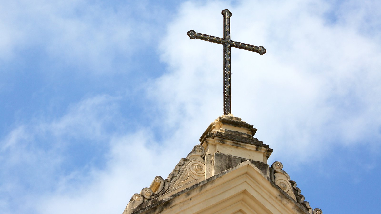 Catedral Metropolitana de Maceió que inclui aspectos religiosos
