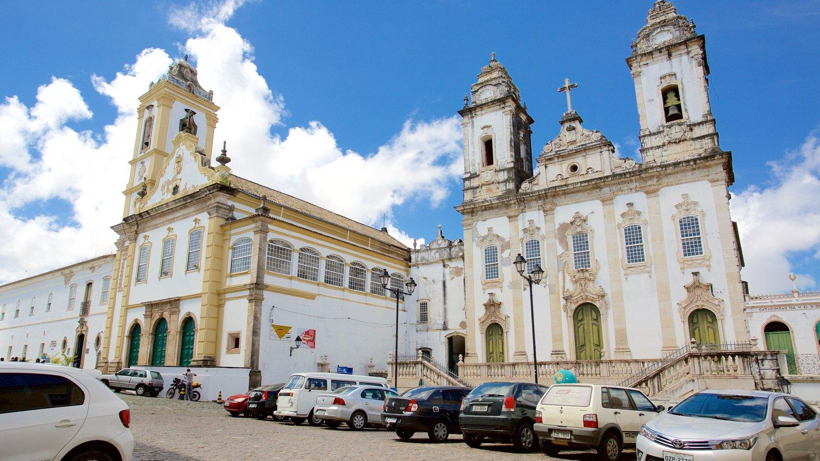 Igreja e Convento de São Francisco de Salvador que inclui elementos religiosos, uma igreja ou catedral e elementos de patrimônio