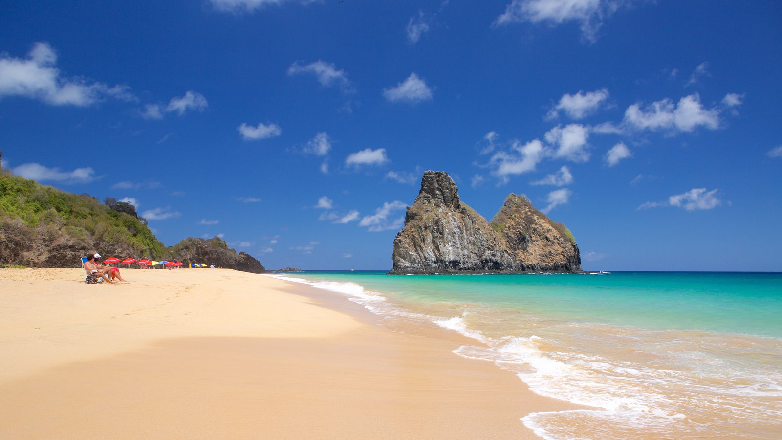Praia Cacimba do Padre que inclui paisagens litorâneas, uma praia e imagens da ilha