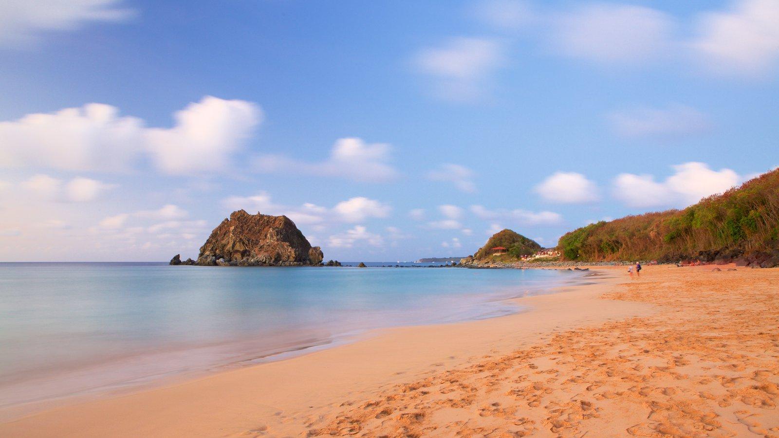 Praia da Conceição mostrando uma praia e paisagens litorâneas