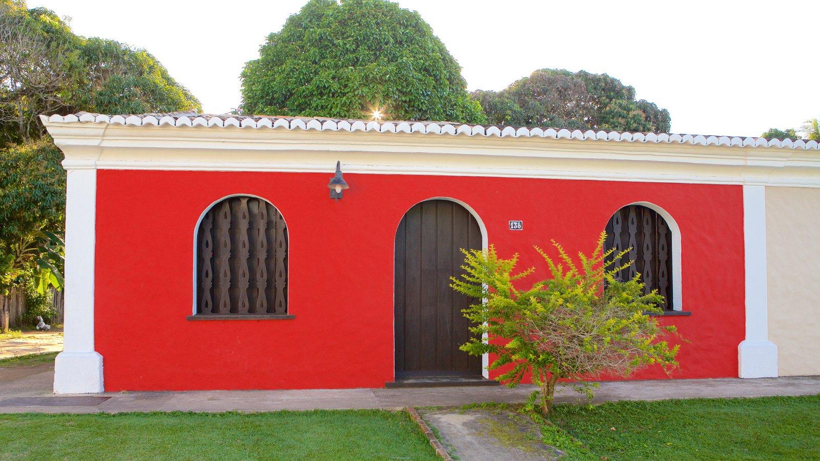 Porto Seguro mostrando um parque e uma casa