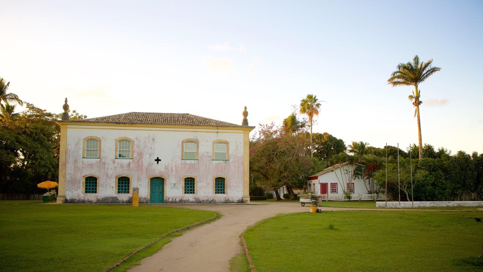 Porto Seguro caracterizando um parque e elementos de patrimônio