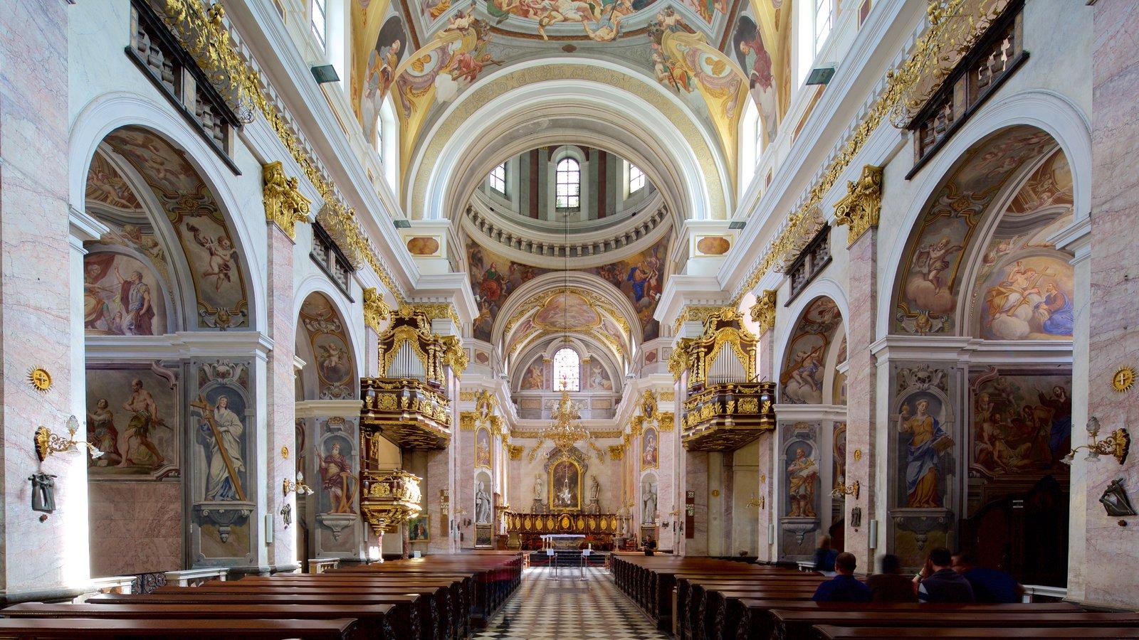 Interior Catedral Ortodoxa Russa em Nice