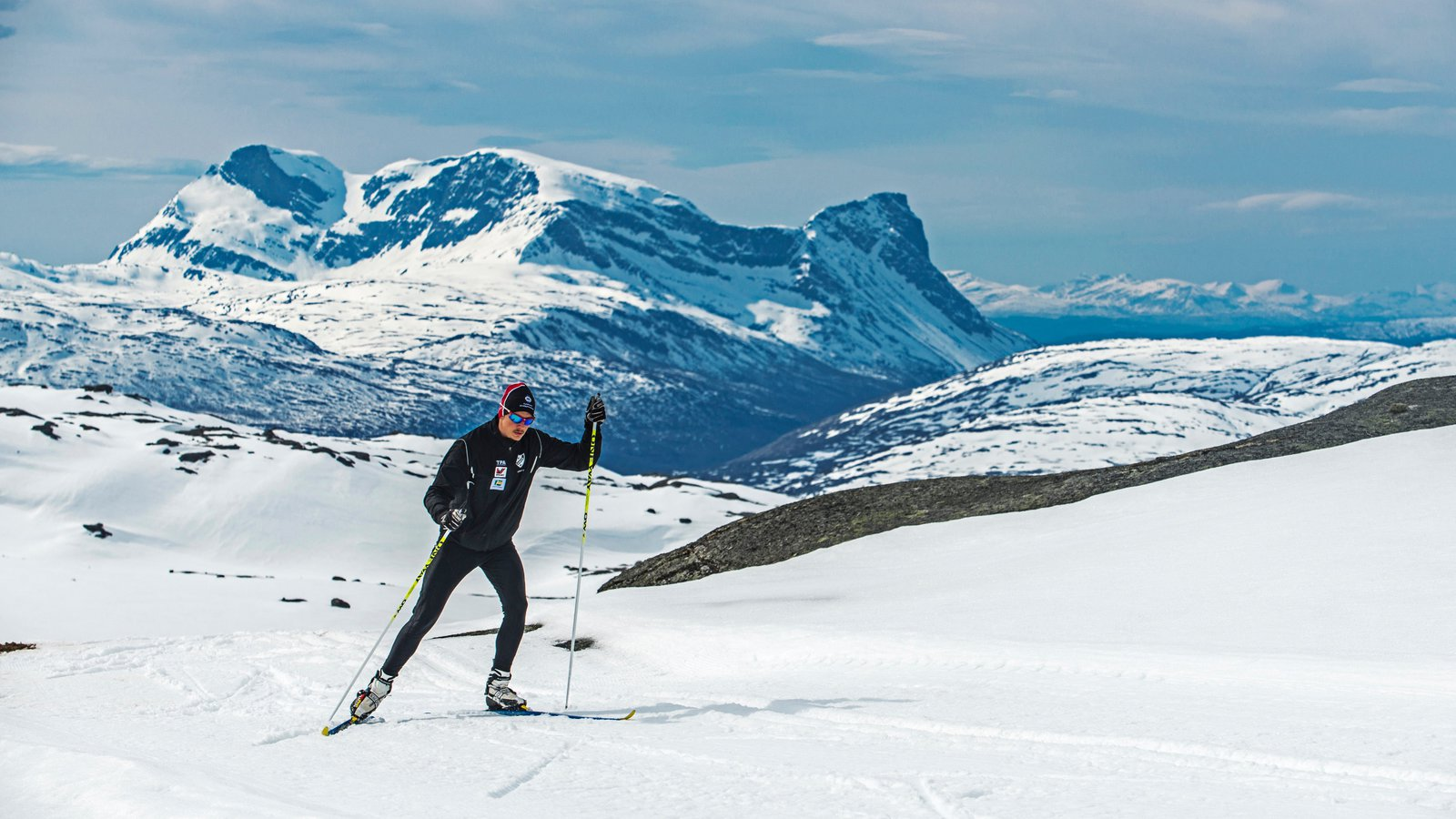 Riksgransen which includes cross-country skiing and snow