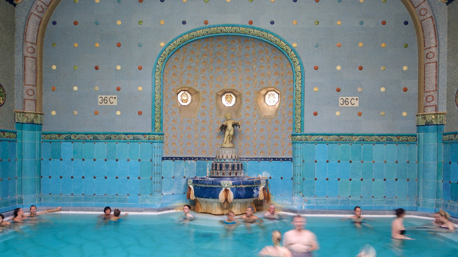 Gellert Thermal Baths and Swimming Pool Pictures: View Photos ...
