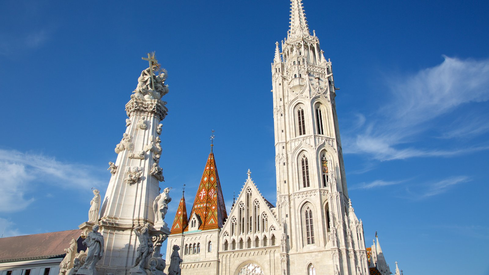 Matthias Church showing heritage architecture, religious elements and a church or cathedral