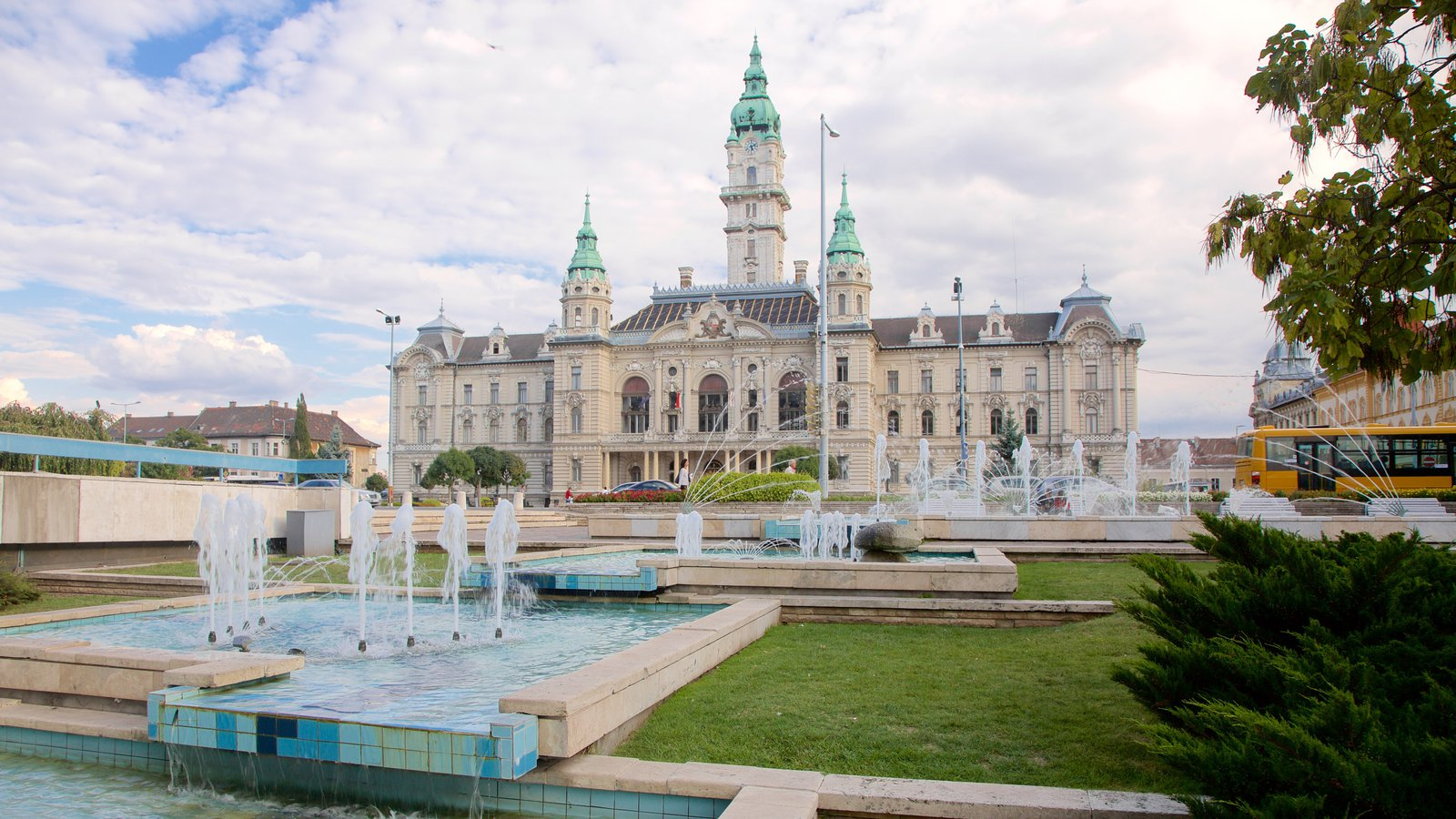 Historic Buildings Pictures View Images Of Gyor