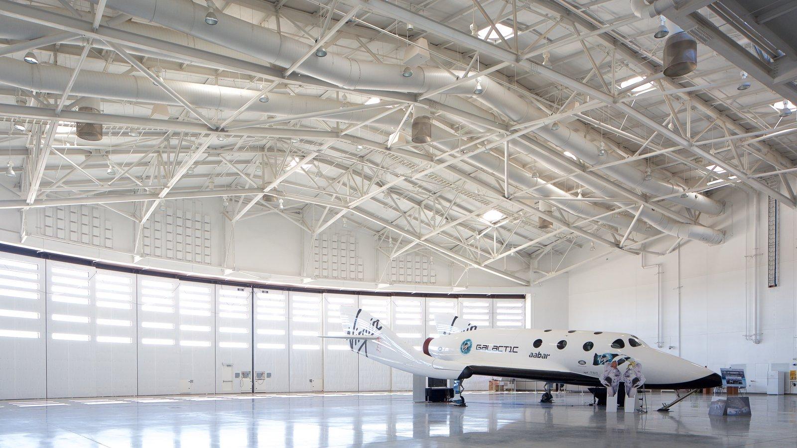 Truth or Consequences mostrando vistas interiores y aeronave