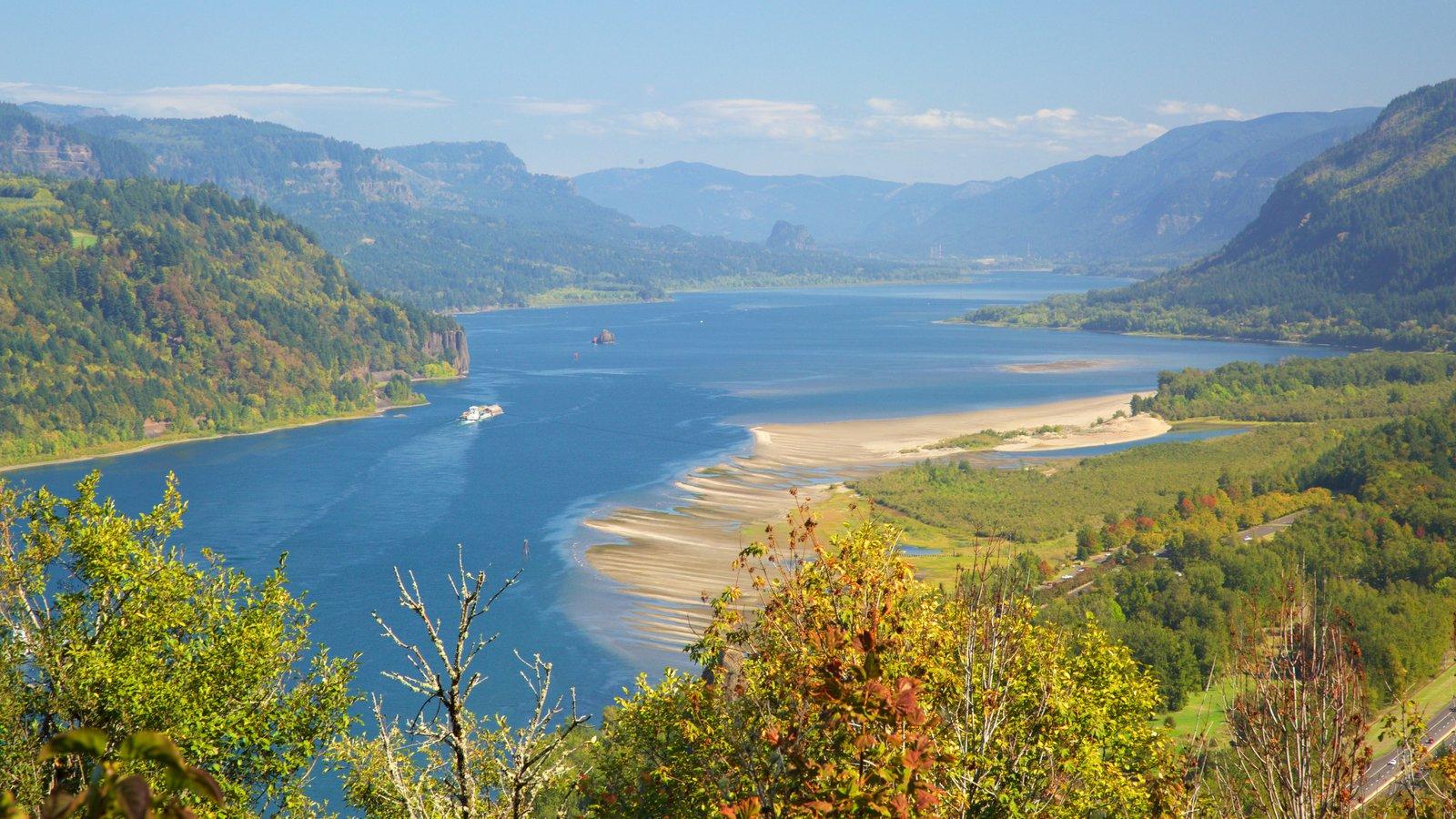 Mirador Chanticleer Point ofreciendo vistas de paisajes y un río o arroyo