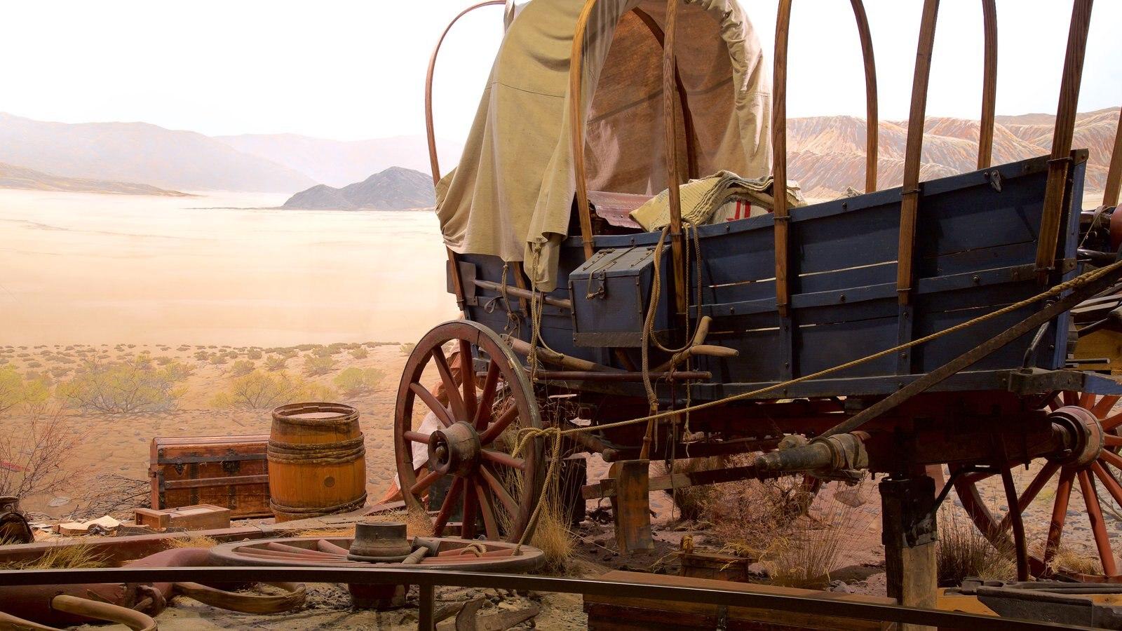 High Desert Museum ofreciendo vistas interiores