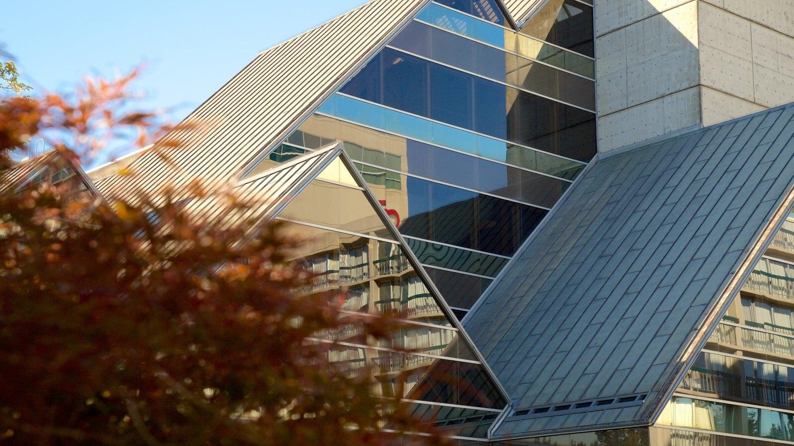 Hult Center for Performing Arts mostrando arquitectura moderna