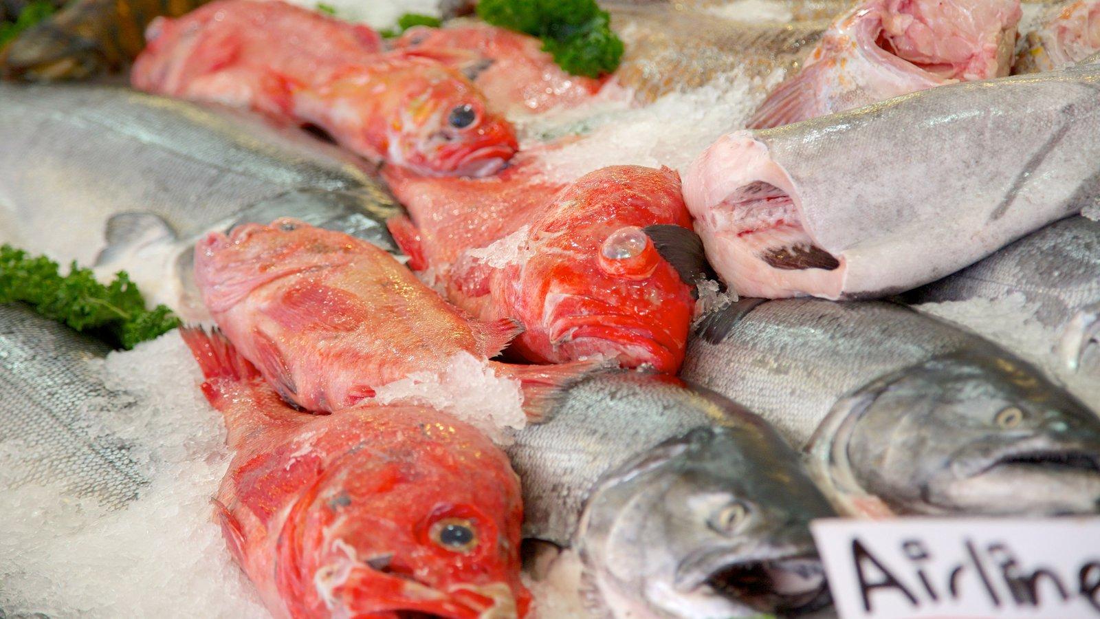 Pike Place Market caracterizando mercados e pesca