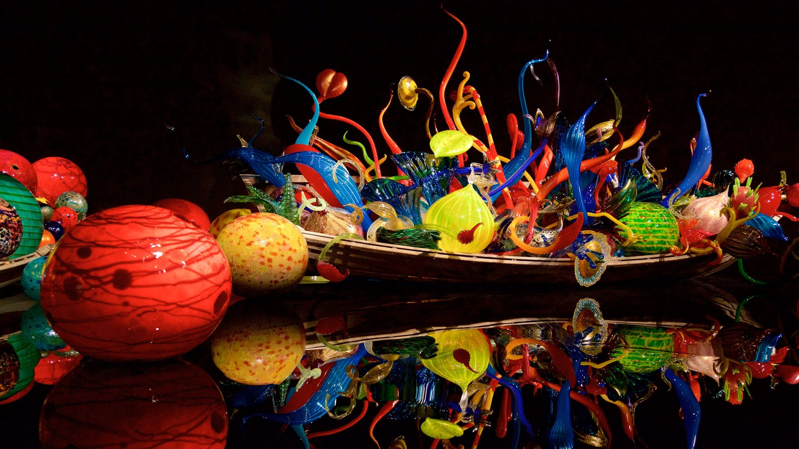 Chihuly Garden And Glass Pictures View Photos Images Of