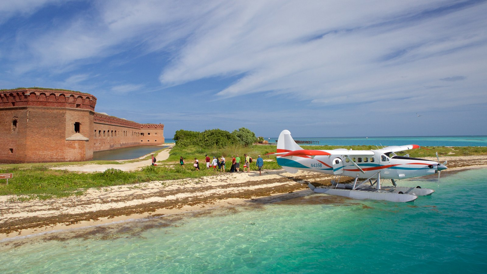 Dry Tortugas National Park showing heritage architecture and general coastal views