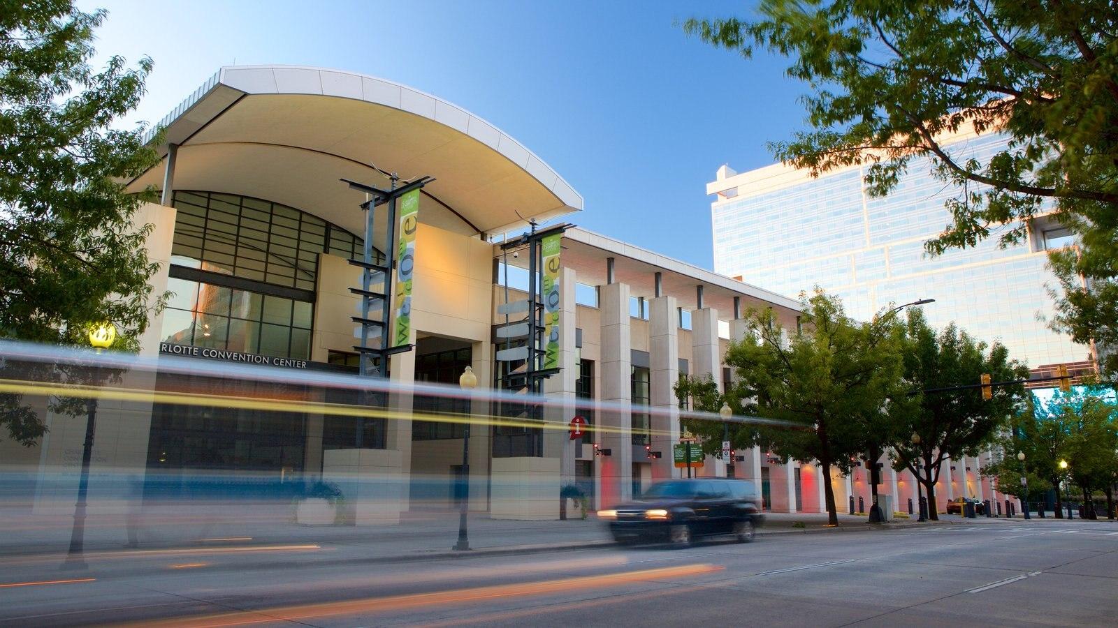 Charlotte Convention Center que inclui arquitetura moderna