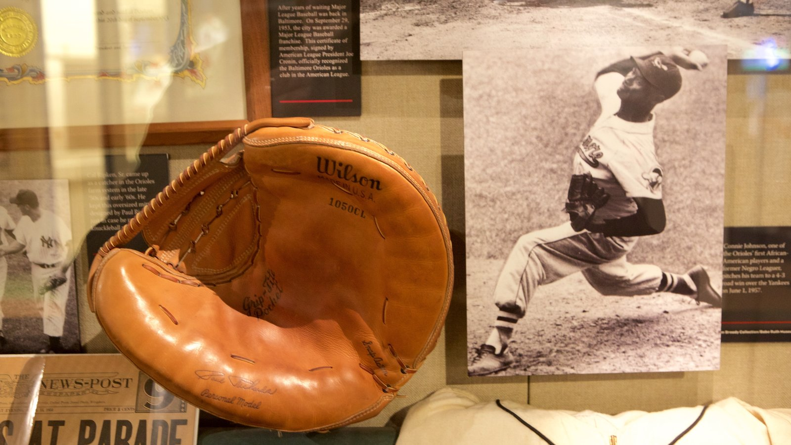 Sports Legends Museum at Camden Yards which includes interior views