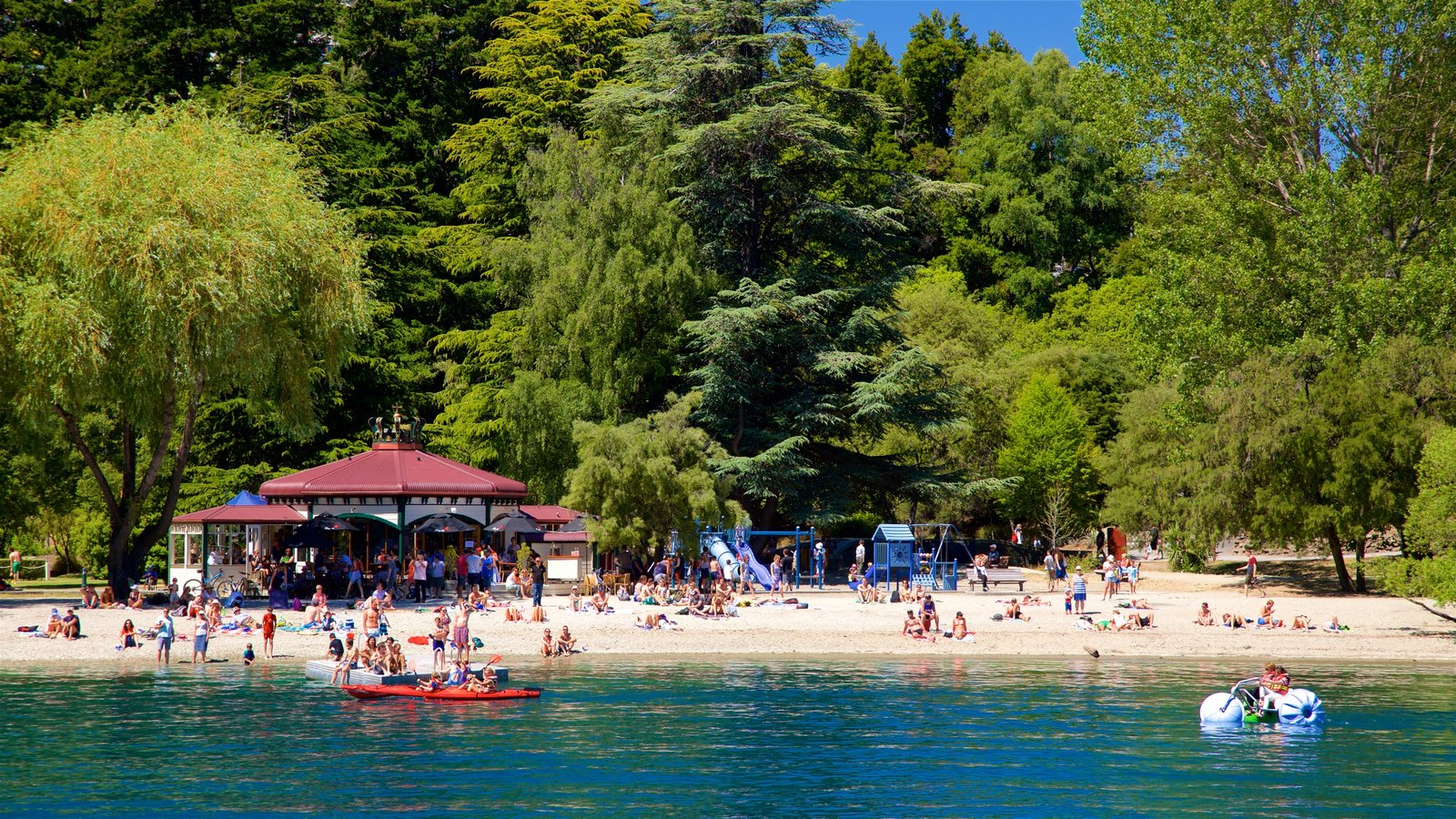 Queenstown Beach showing kayaking or canoeing, a lake or waterhole and boating
