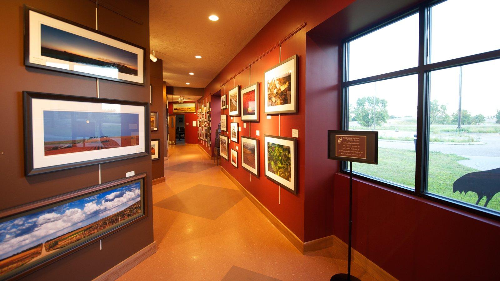 Grand Island caracterizando animais de zoológico, arte e vistas internas