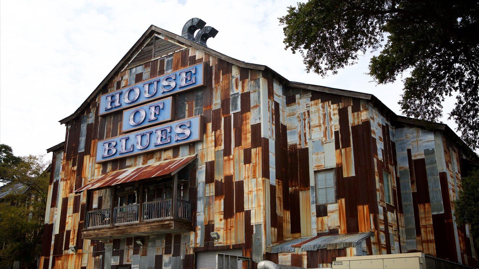 House of Blues Myrtle Beach que inclui elementos de patrimônio e sinalização