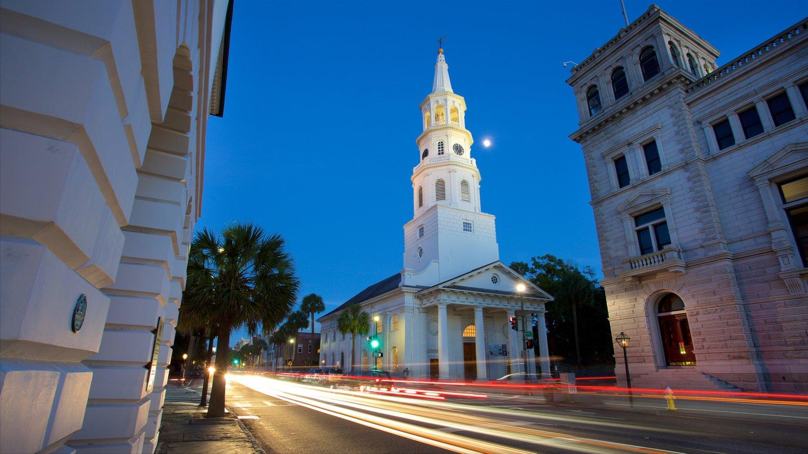 St. Michael\'s Episcopal Church caracterizando uma igreja ou catedral, arquitetura de patrimônio e elementos de patrimônio